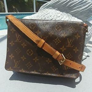 Louis Vuitton Vintage Musette Tango bag SD0043